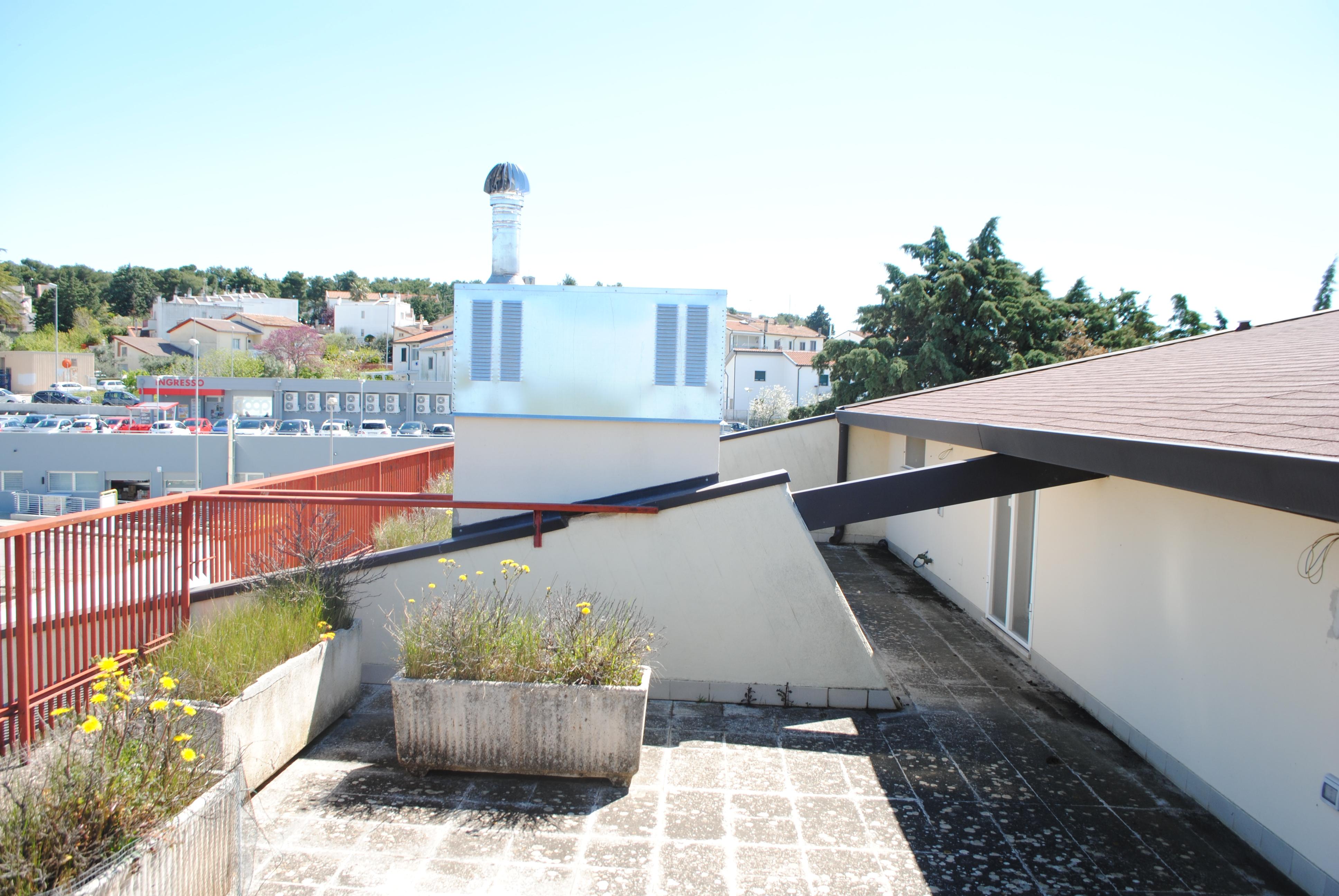 Appartamento Con Terrazzo E Tavernetta In Vendita A Matera